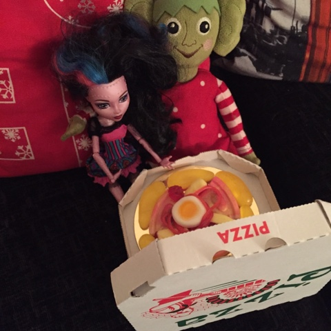 elf on the shelf pizza date night