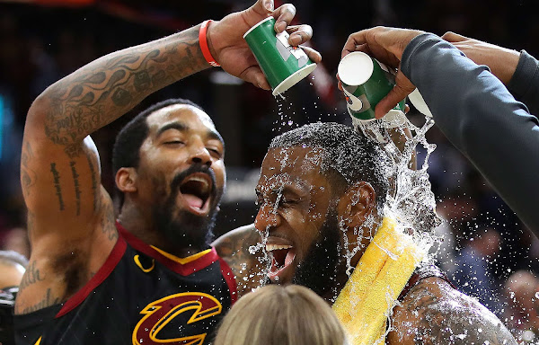 LeBron James Game Winner Lifts Cavs in Game 5 Over Indiana