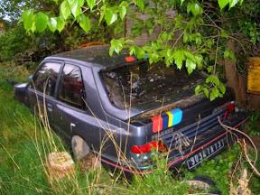 Abandoned Peugeot 309 GTI