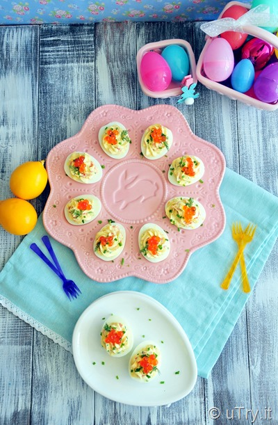 Smoked Salmon Deviled Eggs 親子烟熏三文魚復活蛋 -  For Easter   http://uTry.it   http://YouTube.uTry.it