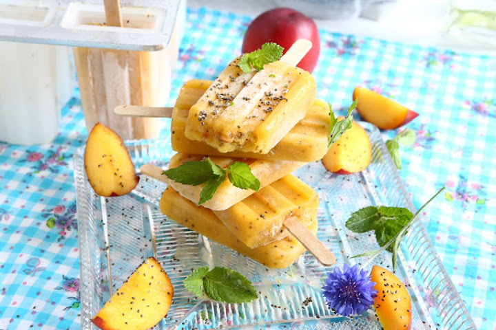 Peach, Maca and Chia Popsicles