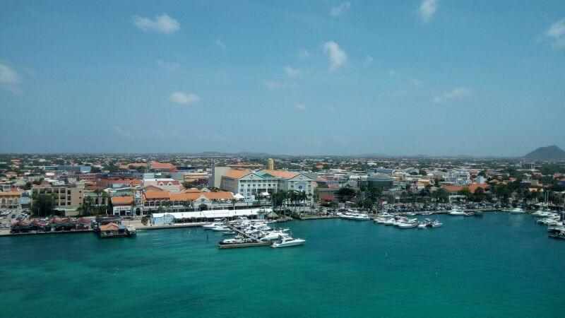 [IMG_20180314_Oranjestad+from+ship+2%5B2%5D]