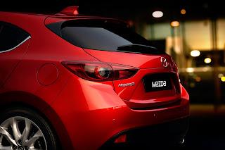 Yeni-Mazda-3-2014-11