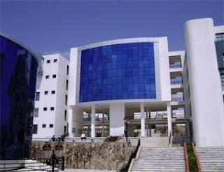 مسابقة توظيف أساتذة مساعدين بجامعة سوق أهراس أوت 2012 Univer_soukahras_345