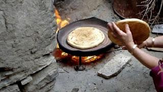 Le tadjine en terre rivalise avec les nouveaux appareils de grillade à Guelma