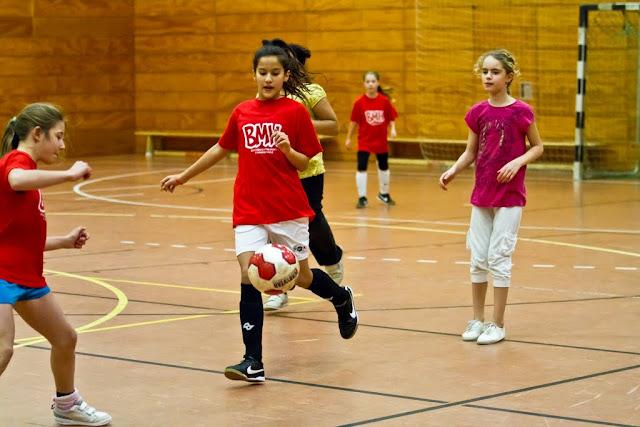 Kreuzberger Mädchenfussball Hallenturnier