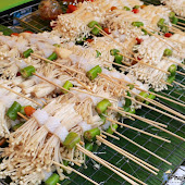 vegetarian-festival-2016-bangneaw-shrine090.JPG