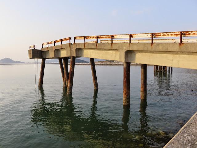 コンクリートの橋