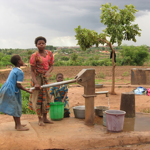 Water often comes from wells and boreholes which can be located a long way from homes. It is iften the girl's job to collect water.