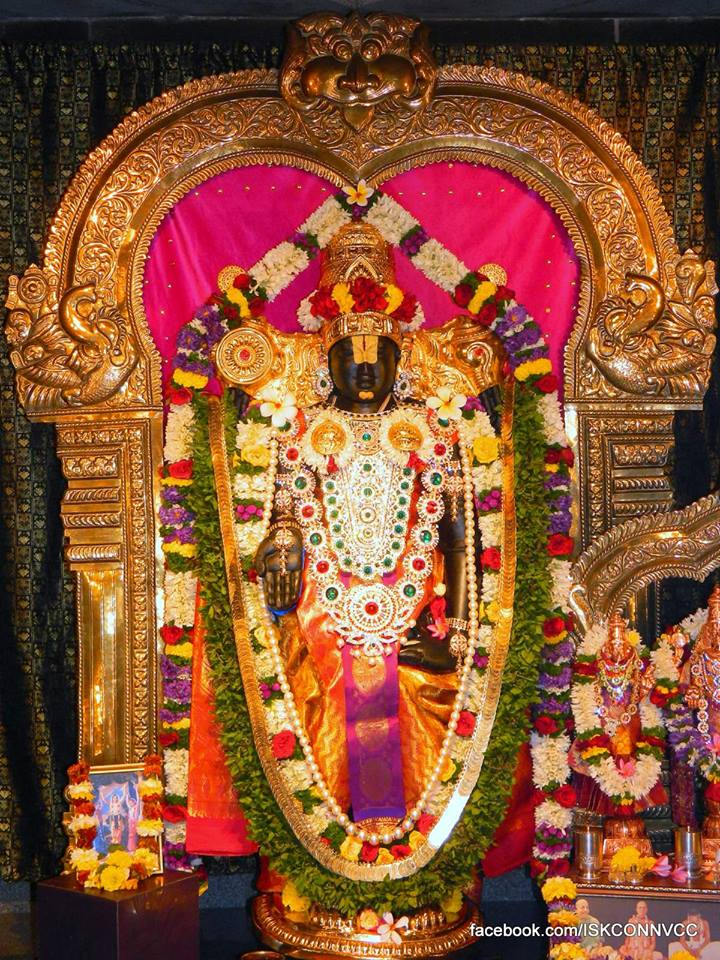 ISKCON Pune Deity Darshan 21 Dec 2015  (3)
