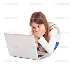 young girl in a horror crying in front of the monitor laptop