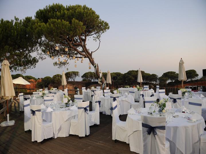 Sheraton Algarve - dining%2Bon%2Bdeck.png