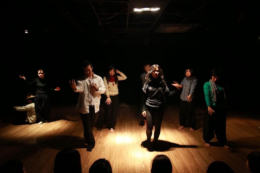 Khoá học Sân khấu Ứng tác (18-23/3/2014)