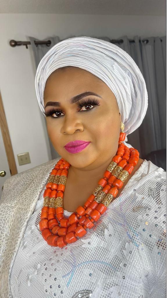Minnesota Based Naija Celebrity Lady,Chief Mrs Olubukola Ashabi  Adesina Becomes Yeye Bobakeye Tobalase Obinrin Akile Ijebu