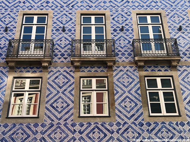 azulejos-oporto.JPG
