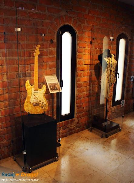 Muzeum Bursztynu w Gdańsku - bursztynowa gitara