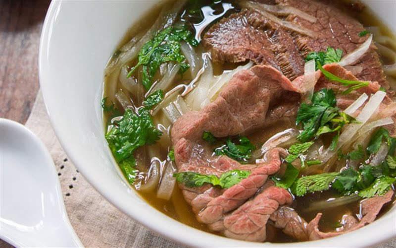 Cách làm 3 món phở nước ngon nóng hổi đậm đà hương vị Việt