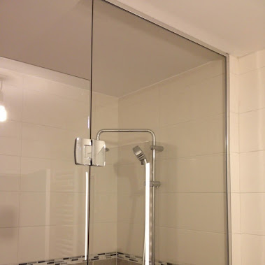 parois de douche en showerguard verre anti calcaire chantier de octobre 2014. Black Bedroom Furniture Sets. Home Design Ideas