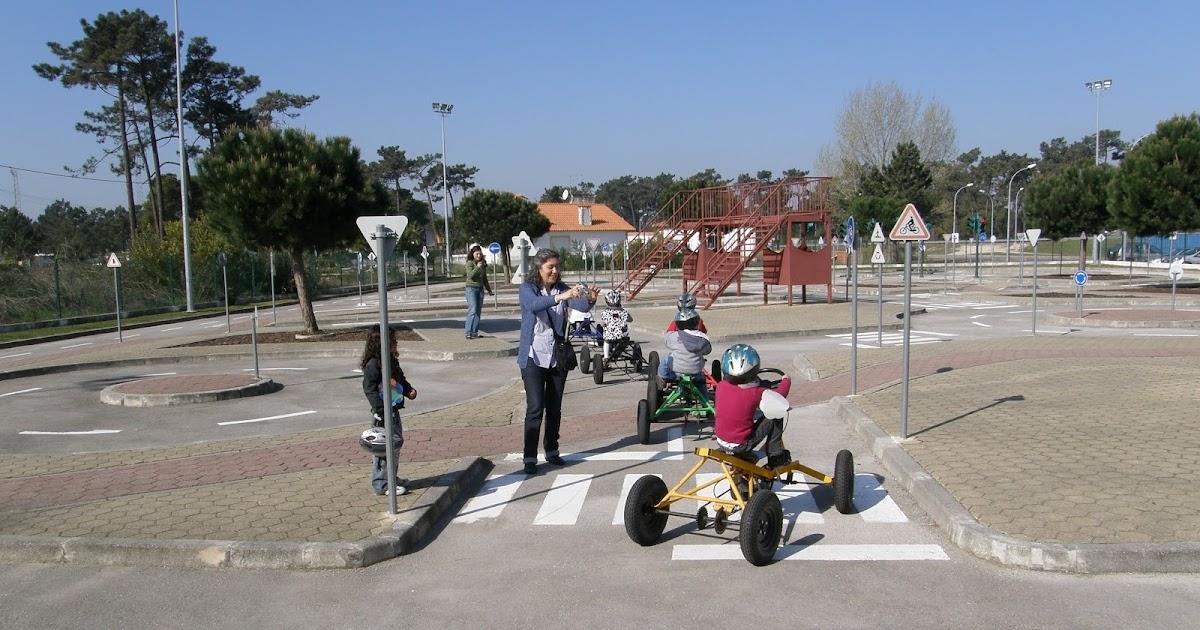 Escola municipal de educa o rodovi ria hoje com mais vida for Piscina municipal de ilhavo