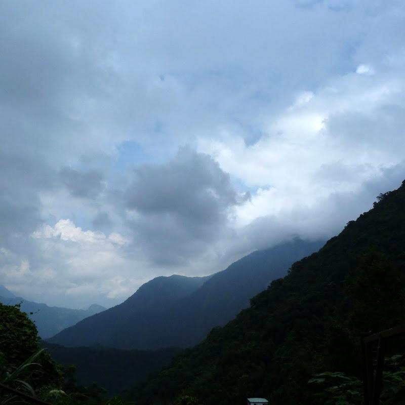 Puli  en passant , entre autres, par les villages de l ethnie Bunum de Loloko et Dili. J 10 - P1170139.JPG