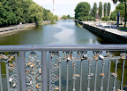Biržos tiltas per Danę