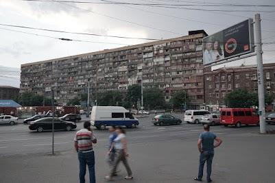 Großer Wohnblock in Yereven
