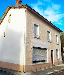 maison à Pontaumur (63)