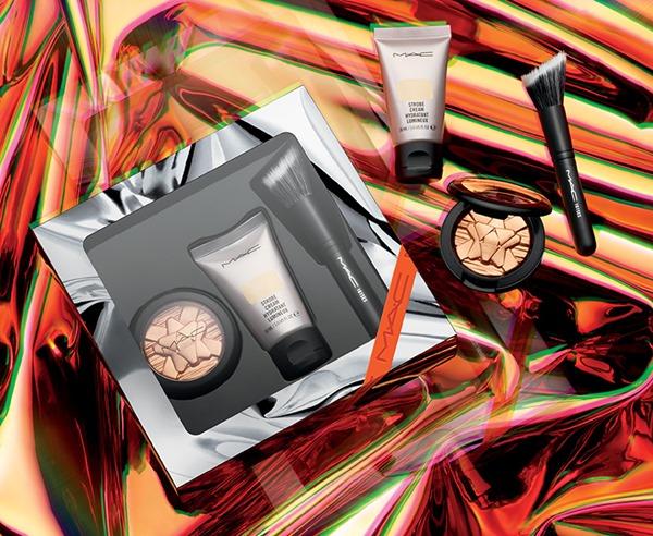 holiday-2018_mac-shiny-pretty-things-kits_010_promo