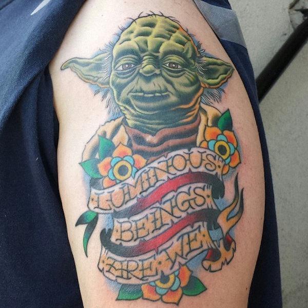 este_luminosos_seres_somos_ns_mestre_yoda_tatuagem