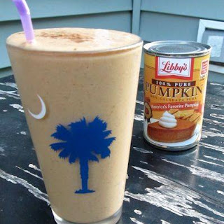 Healthy Pumpkin Spice Smoothie