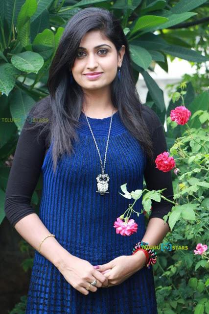 telugu tv anchor jhansi blue film free  | checked