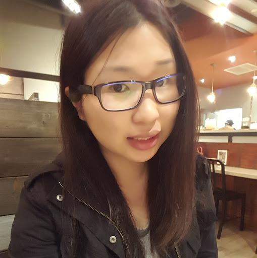 Theresa Lam Photo 21