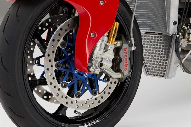 2016-Honda-RC213V-S-street-bike-34.jpg