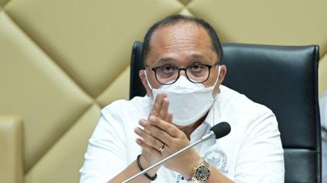 Viral Pasien Covid Dikeroyok dan Dipukuli, Komisi II DPR Salahkan Bupati Toba