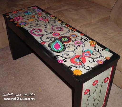 تصميمات زخرفيه مفرحه على طاولات منزلك