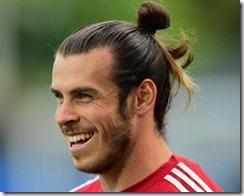 Gareth Bale Man Bun Long Hair Soccer Hairstyles E1518549623364