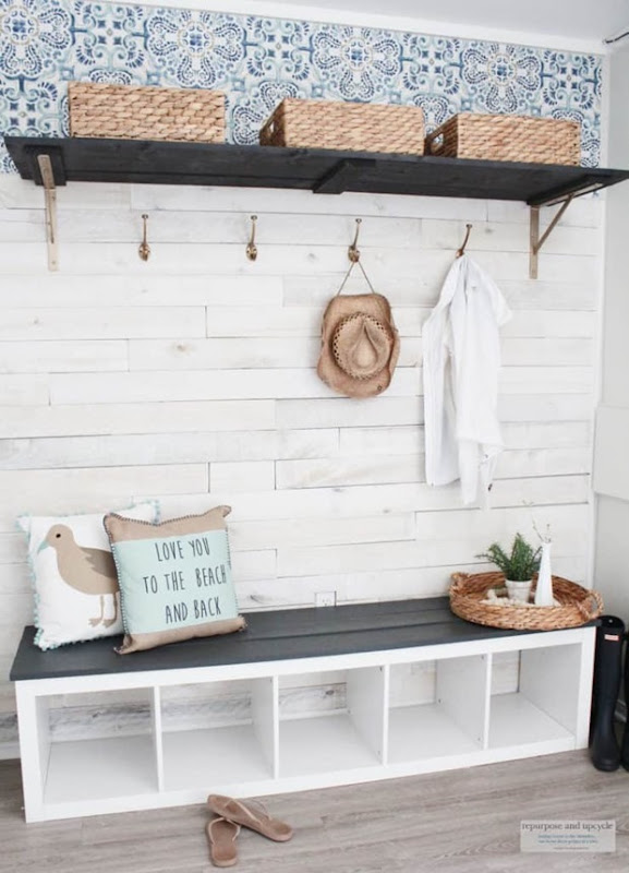budget-friendly-beach-cottage-mudroom-makeover-2-739x1024