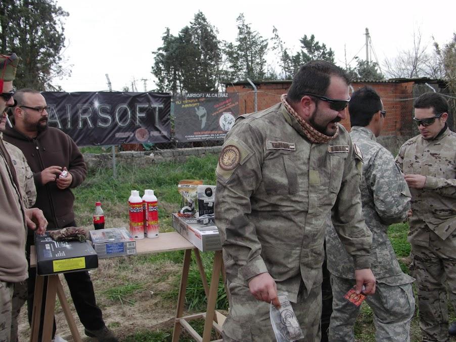 """Fotos de la partida """"Tercer aniversario, Operación FrankWofl""""10-02-13. PICT0267"""