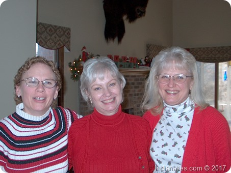2002 Christmas, Sisters: Linda May, Nancy Hurley, Marti Fleetwood