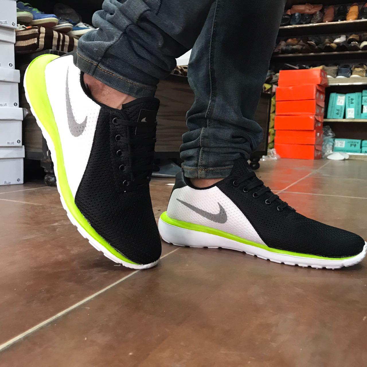 desvanecerse ella es Escarpa  Branded Products: Nike Magnet, Size:6-10, Ship Extra