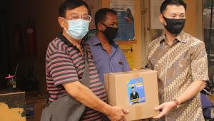 Sambut Hari Raya Idul Adha 1441H, Anggota DPRD komisi C Jupiter Berikan 200 Paket Sembako