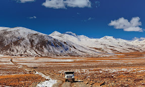 Jeep road near Deosai