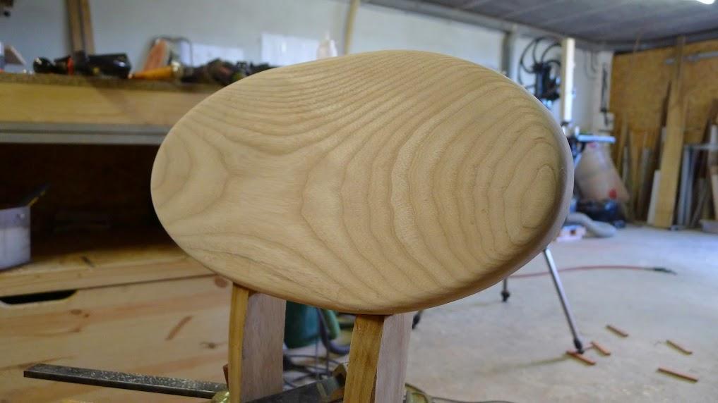Chaise design pour petit garçon P1060968