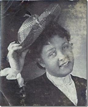 LINDSAY_Ellen_portrait with her wearing a straw hat_unk yr_enlr