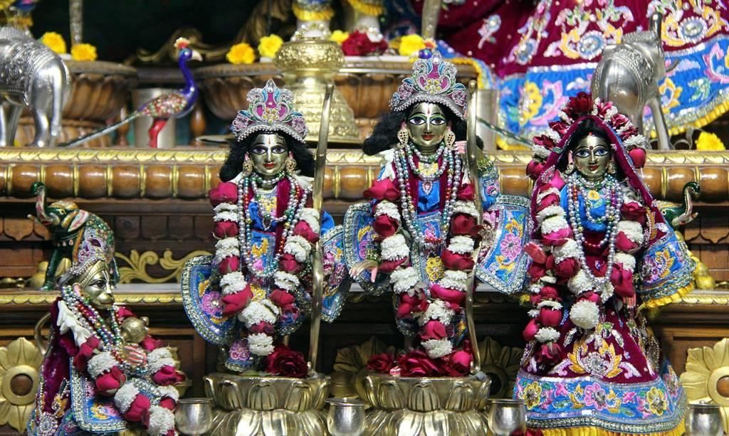 ISKCON Delhi Deity Darshan 02 Feb 2016 (5)