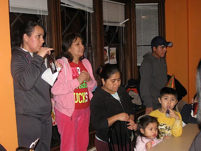 NL Unidad Familiar caritas felices LAkewood - IMG_1720.JPG