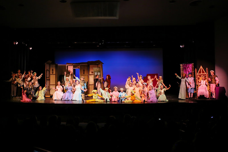 2014Snow White - 150-2014%2BShowstoppers%2BSnow%2BWhite-6815.jpg