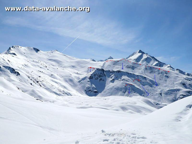 Avalanche Valais, secteur Val d'Anniviers, Omen Roso, Crête de Barneuxa - Photo 1