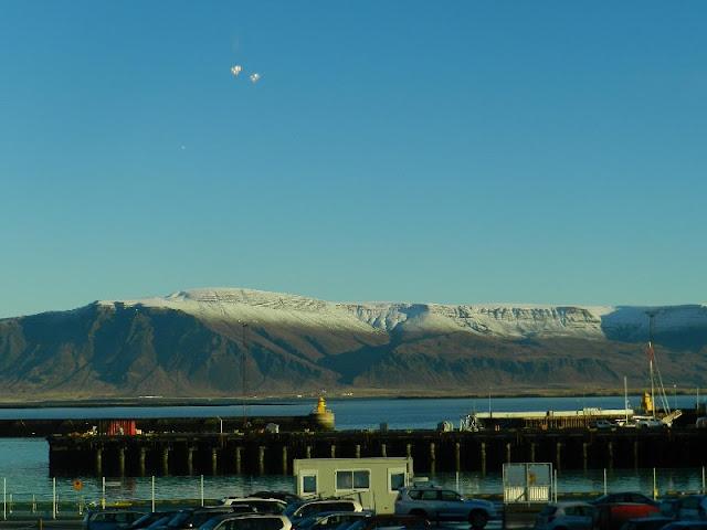 OVNI à Reykjavik ? DSCN2138%252520-%252520Copie