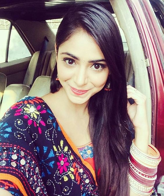 instagram cuties sexiest selfie   bollywood actress image